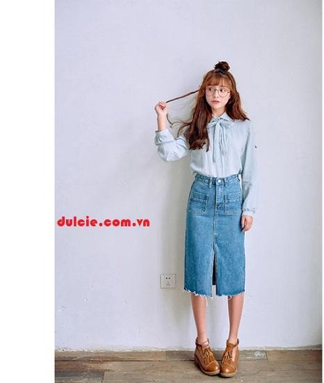 Mix chân váy jean dài với áo sơ mi (2)