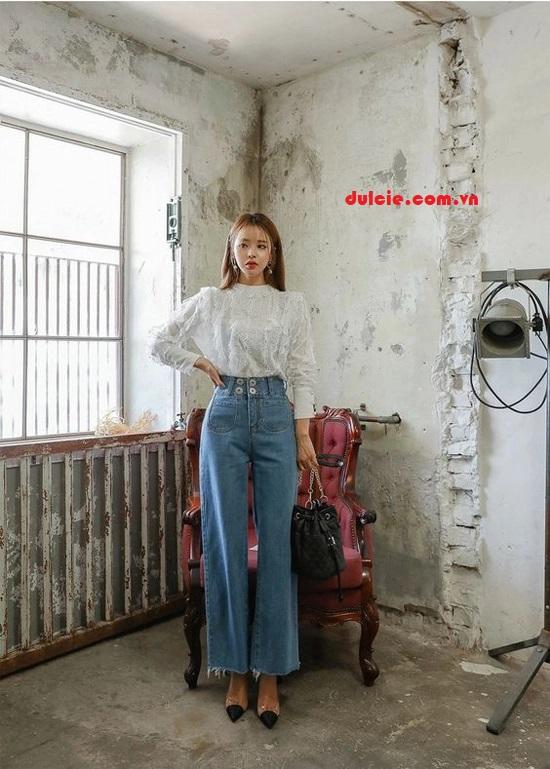 Quần Jean ống rộng mix áo sơ mi trắng kiểu cách (2)